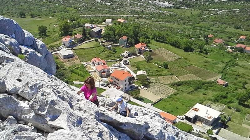 Climbing trail above the villa