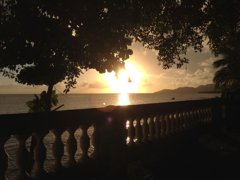 Pôr do sol no Malecón