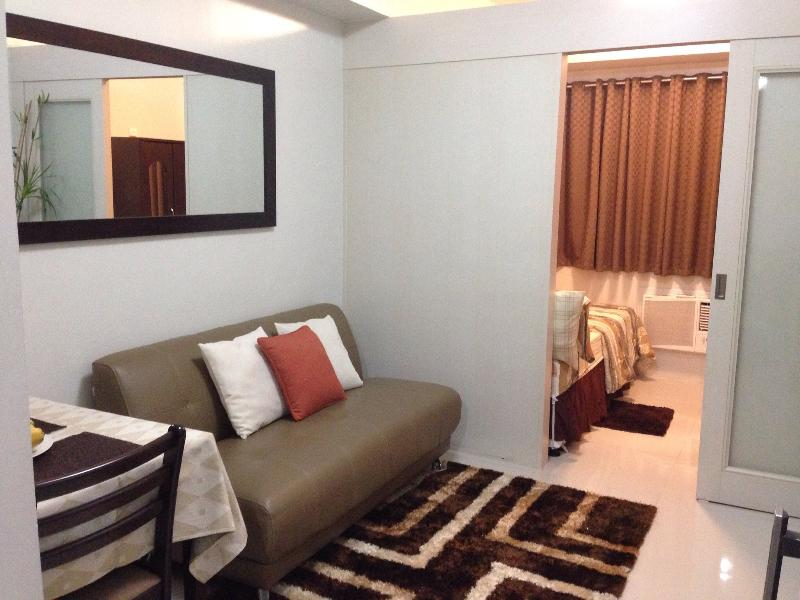Cozy 1BR Condo at Sea Residences, vacation rental in Pasay