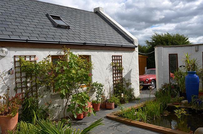 Bertra Cottage - Courtyard