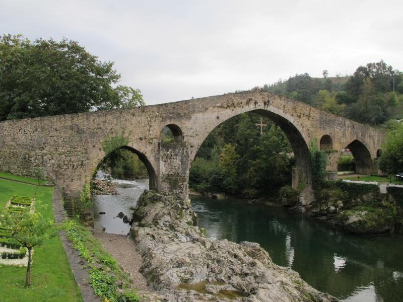 Puente Romano (Roman Bridge) in Cangas de Onís