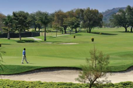 7 Golf Courses for year-round golf