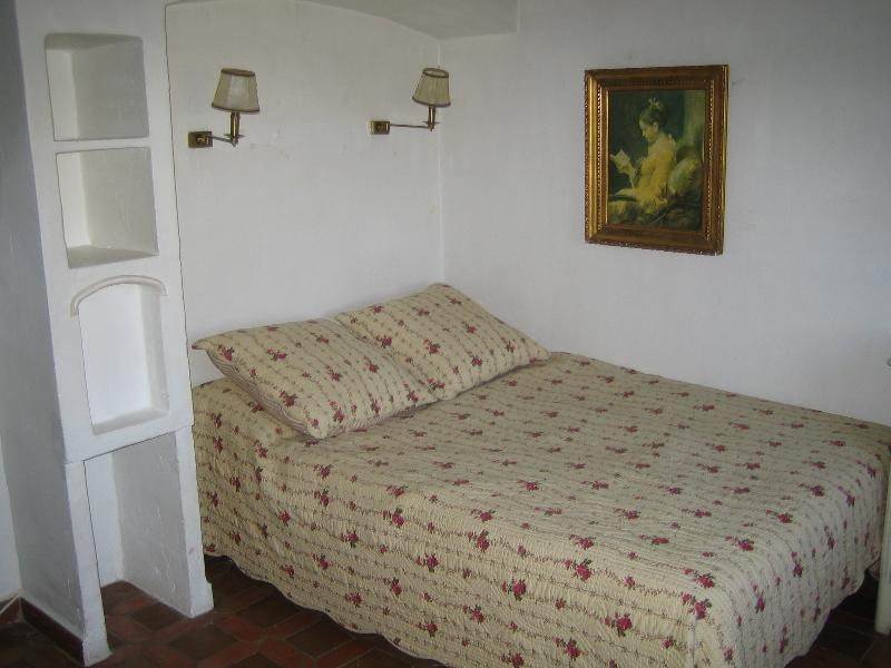 Downstair's double bedroom