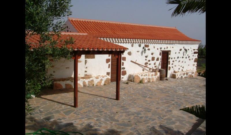 Typical majorera house in Fuerteventura, holiday rental in Tetir