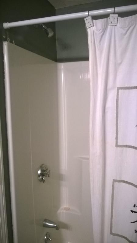 upstairs full bathtub