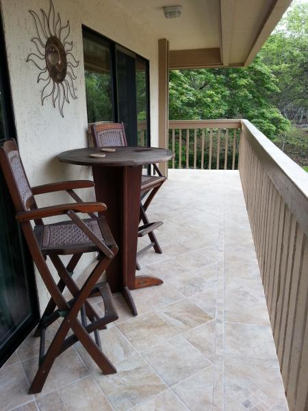 Wrap Around Lanai Facing the Forest for Lots of Privacy