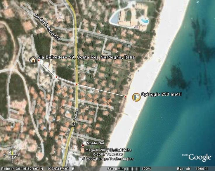 Vista aerea distanza della casa dal mare 200 mt (5 minuti a piedi)
