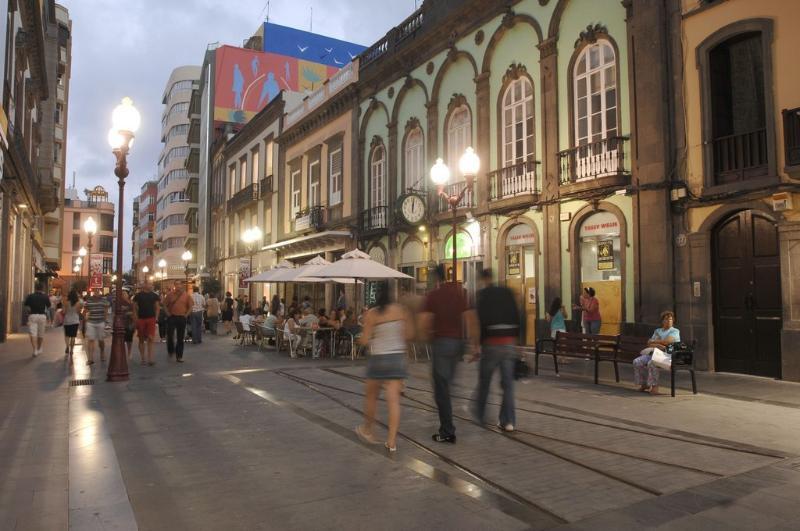 Comercial rua Triana
