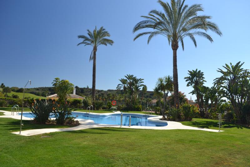 Luxury Apartment Andalusie Alhaurin El Grande, holiday rental in Alhaurin el Grande