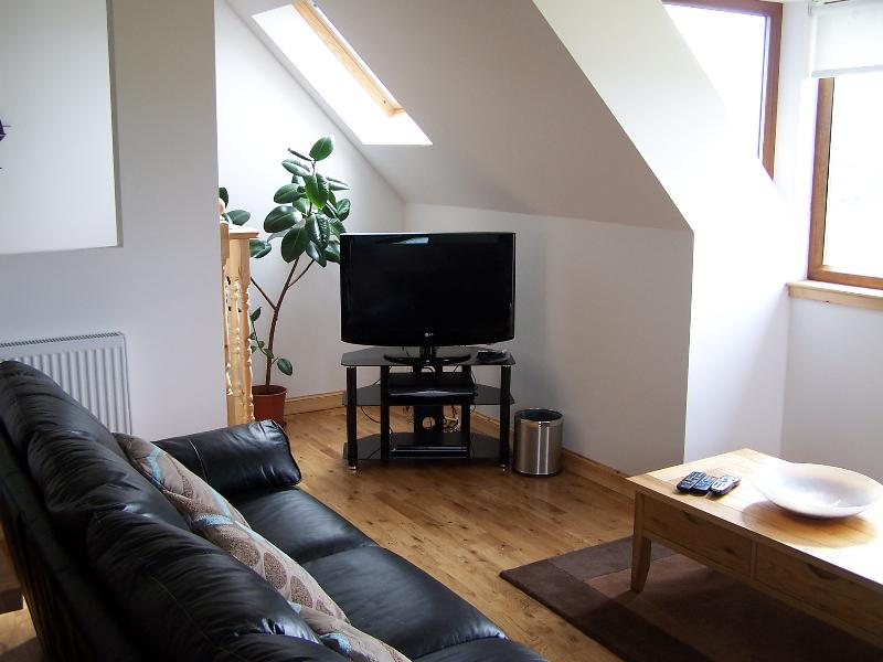 Lounge No 1 Lodge, Upstairs