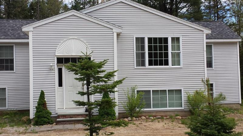 Spacious Vacation Home Madison, alquiler de vacaciones en Chocorua