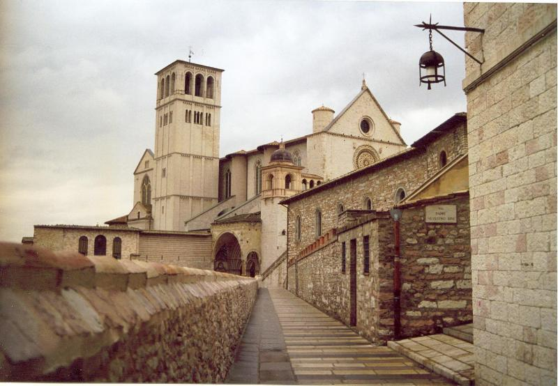 visit historic Assisi, then back to the peace of San Mamiliano