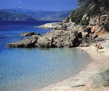 The beach of Zuccale