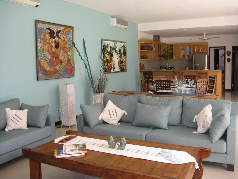 Lounge area second villa