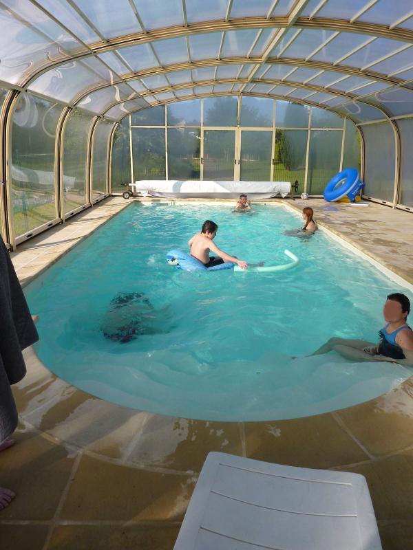 Gite la grimodiere avec piscine couverte chauffee - Gite pyrenees orientales avec piscine ...