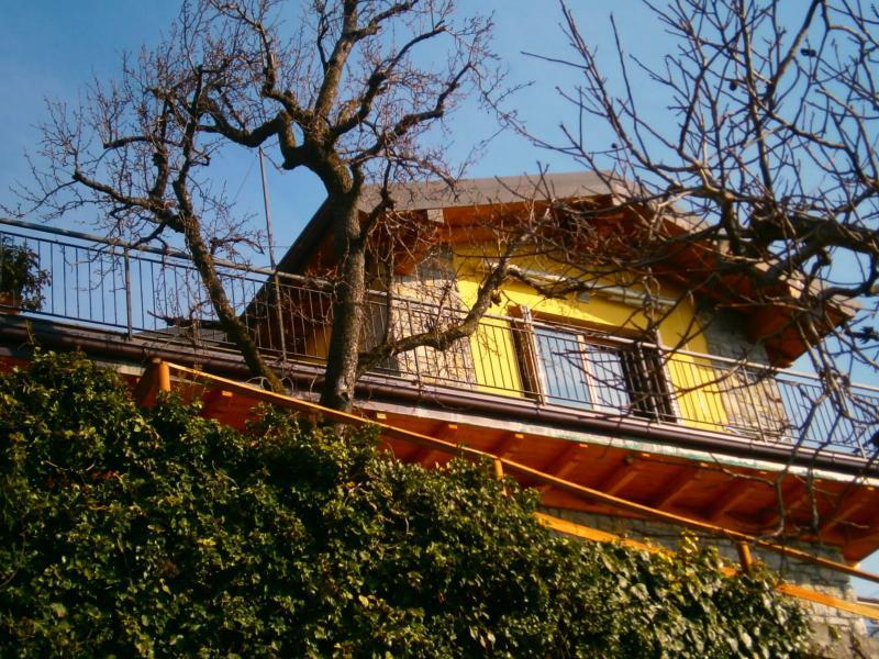 appartamento in villetta, casa vacanza a Parzanica