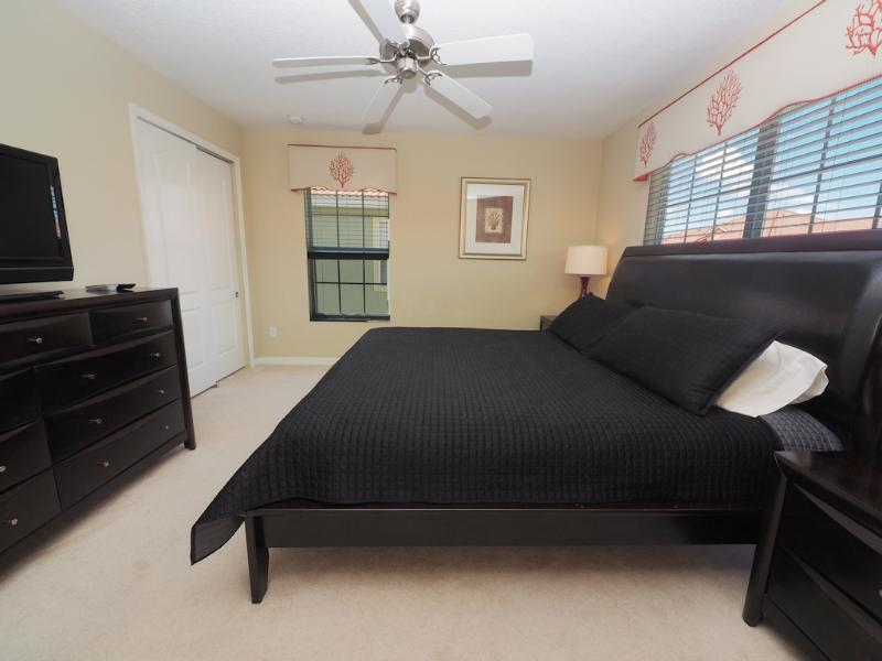 Spacious Master Bedroom 1 with King Size Bed and en-suite bathroom