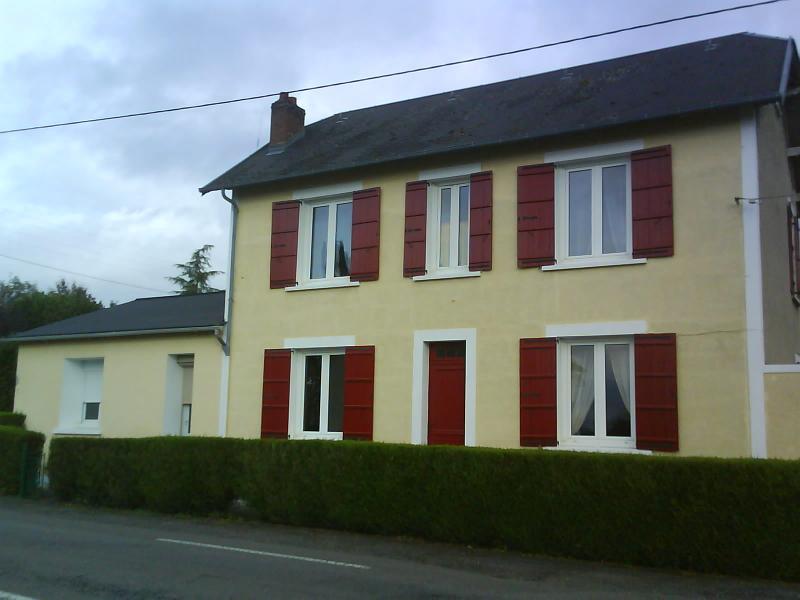 Maison Ellesmere Bed & Breakfast, location de vacances à Saint-Jory-de-Chalais