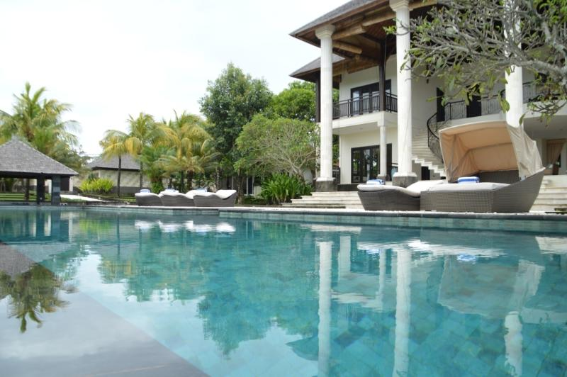 Villa Alea 5BR, vacation rental in Nusa Dua Peninsula