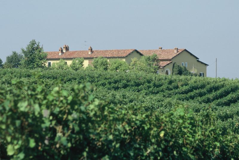 Agriturismo La Meirana GAVI Piemonte – semesterbostad i Bettole di Pozzolo
