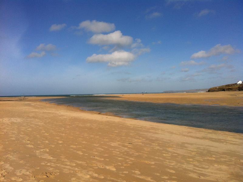 The Stunning Porth Kidney Sands