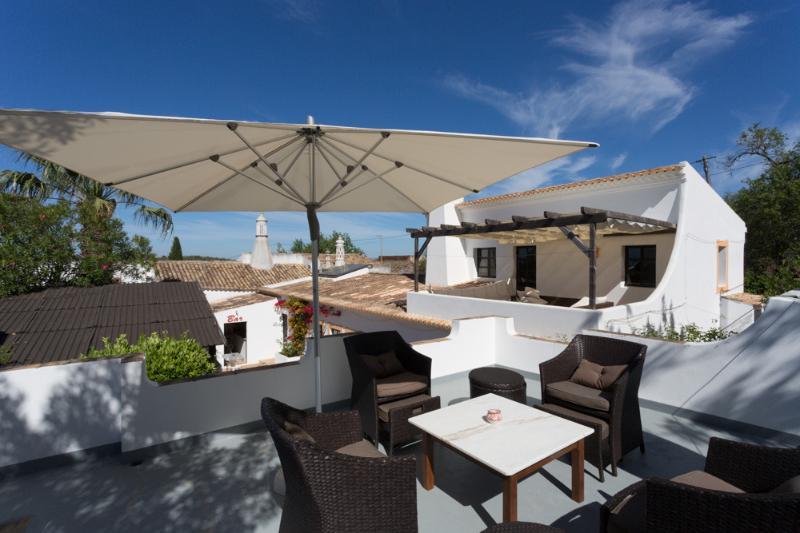 Über den Dächern der Villa Stofero - von Sauna Roof Top aus - best Sunsetspot!