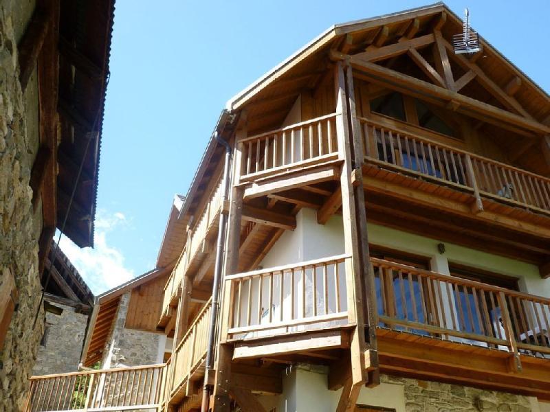 Superbe Chalet avec vue sur la vallée, location de vacances à Pelvoux