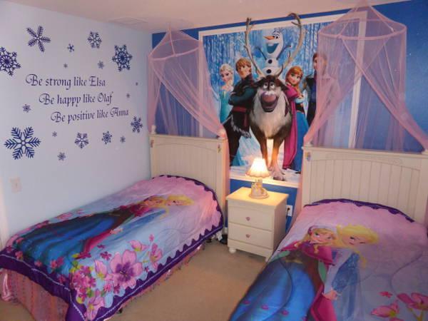 Disney Frozen Room