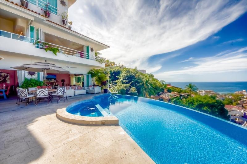 Pool and terrace with stunning ocean view