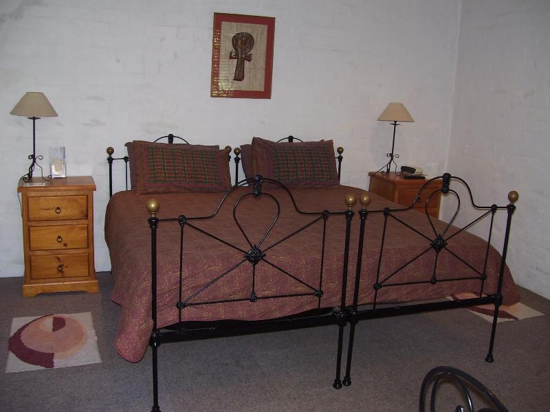 Can be Arranged as King or Twin Beds. Portable single bed or floor mattress available if required