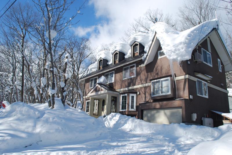 Echo Villa in Winter