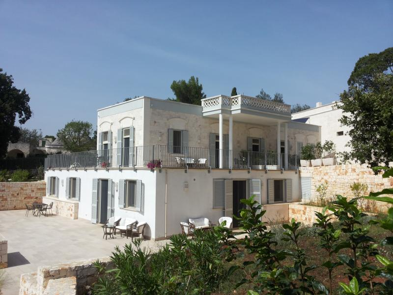 Villa Rosato-Charming stay between Trulli and Sea, holiday rental in Selva