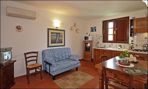 Tenuta Il Vallone - Appartamento Ortensia, aluguéis de temporada em Monsummano Terme