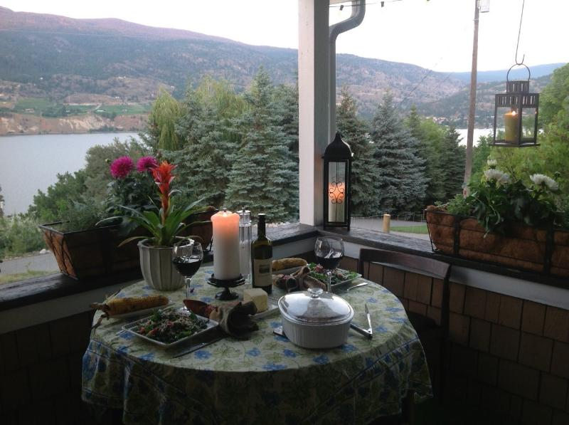 Dinning on the porch
