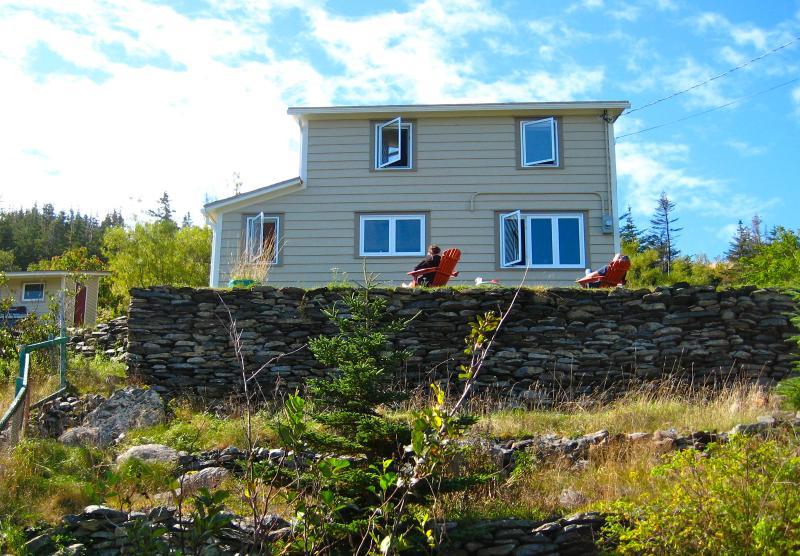 Newfoundland Oceanview Vacation Retreat, Ferienwohnung in Upper Island Cove