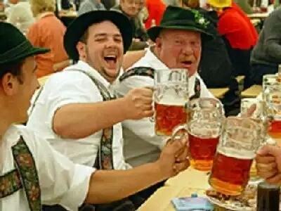 Enjoying the Mittenwald Beer... Cheers!...