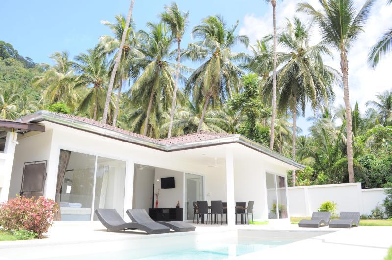Pool Villa 3 bedrooms in Lamai