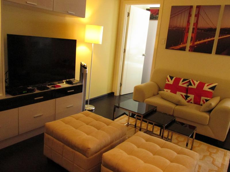 One BR Penthouse Unit-Knightsbridge Residences, holiday rental in Makati