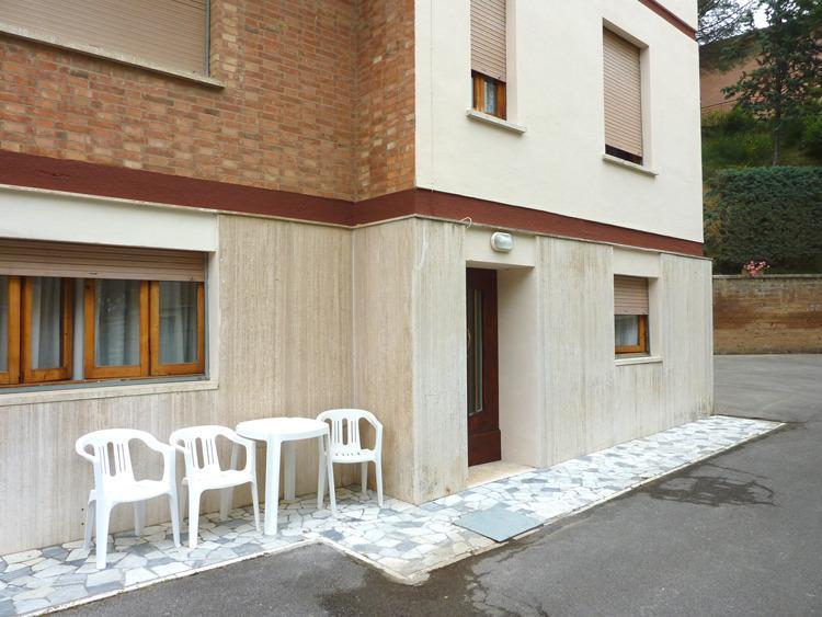 Appartamento con ingresso indipendente, aluguéis de temporada em Chianciano Terme