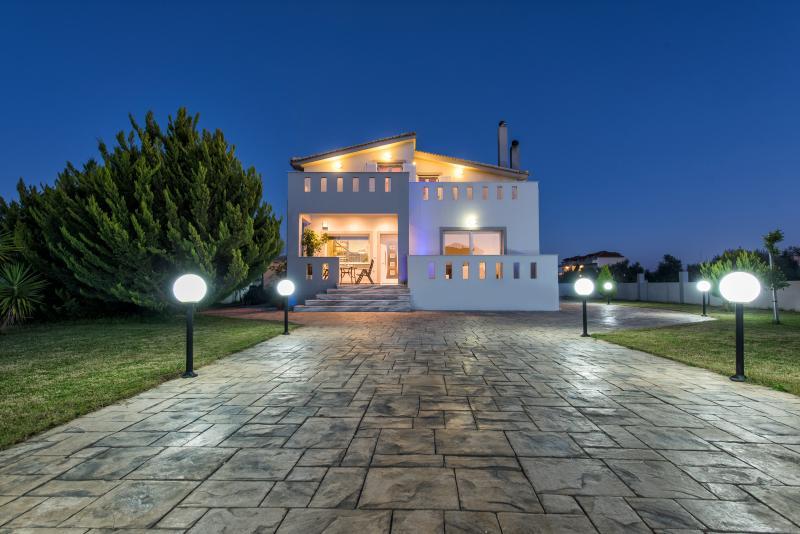 Muthee Villa - Exterior