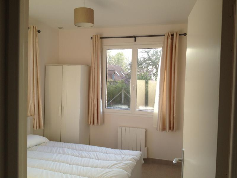 Downstairs double bedroom with double bed, double duvet and shower room en-suite