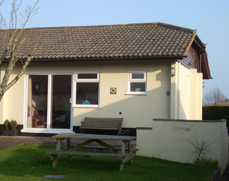 Sunflower Sidmouth, holiday rental in Sidford