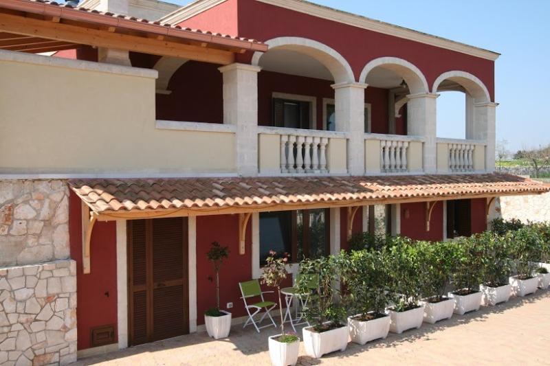 TASTING PUGLIA B&B, vacation rental in Cocolicchio