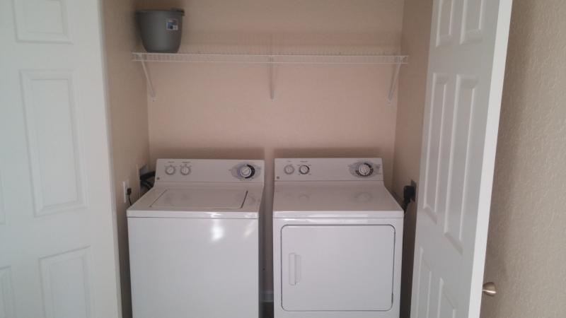 Full Size Waher & Dryer