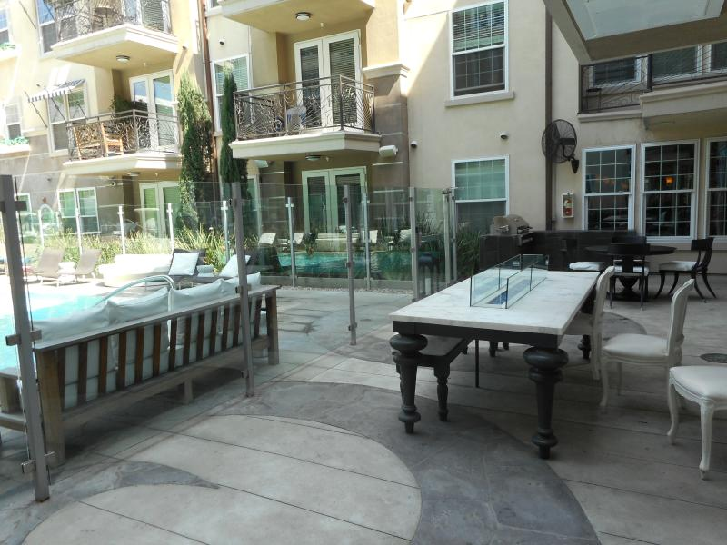 BBQ & Fire pit by pool