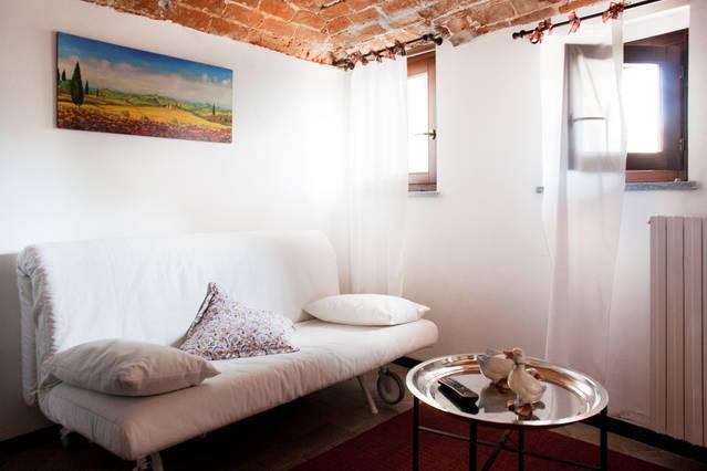 Cà Borgo Vecchio: Papaveri apartment, holiday rental in Vische