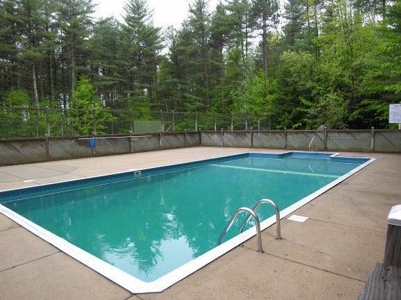 Acesso a piscina privada comunidade aquecida