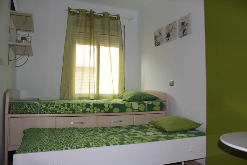 Habitación verde 2