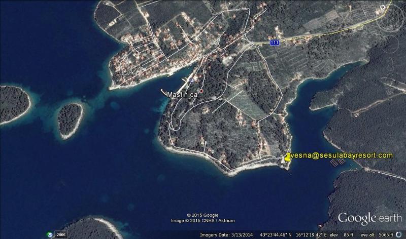 vista di Google di Maslinica e Sesula Bay