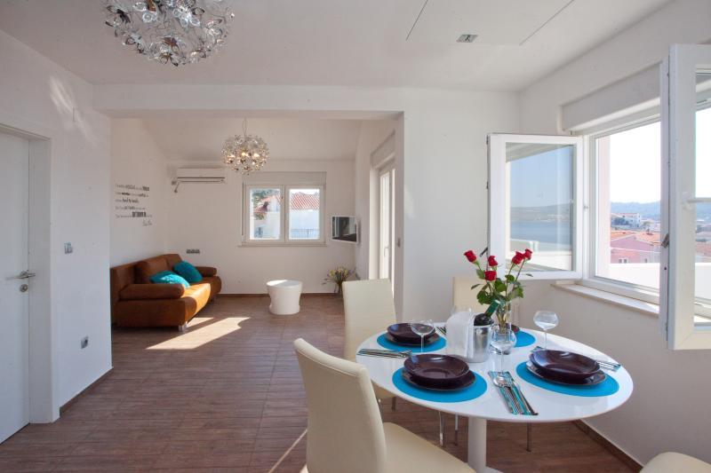 Dinning, living area